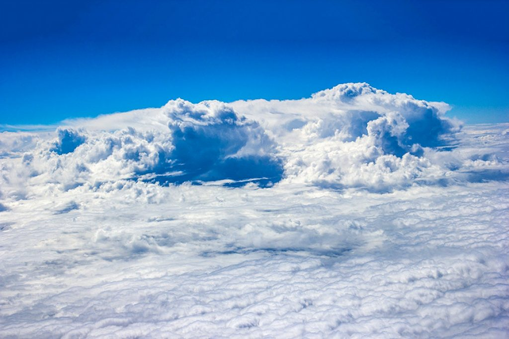 Fotografia acima das nuvens -  Marcos Domicio