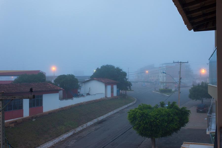 Neblina na Avenida Botuporã