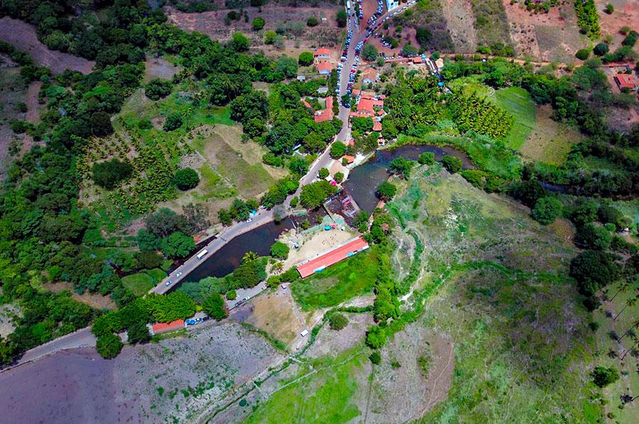 Foto aérea do Balneário do Rio Paramirim