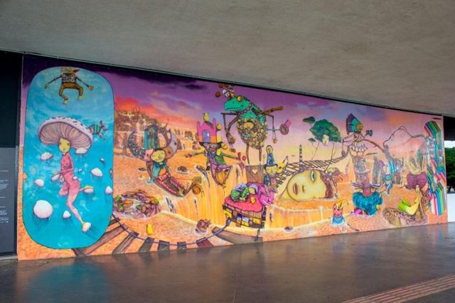 Fachada do MAM do Parque ibirapuera – Artista: Os Gêmeos