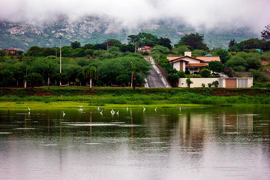 Lagoa de Paramirim